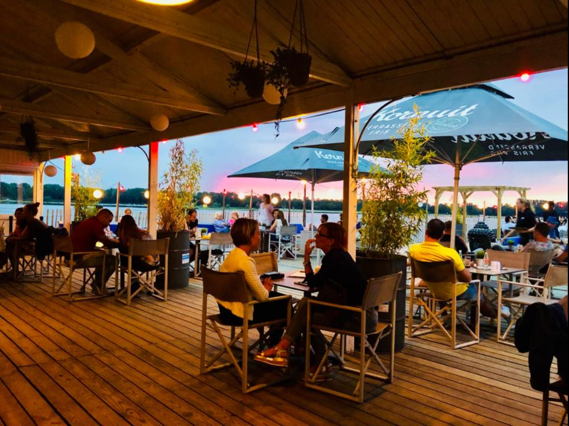 _Area-X-De-Weerd-Roermond-Beachclub-Sunset-Lounge