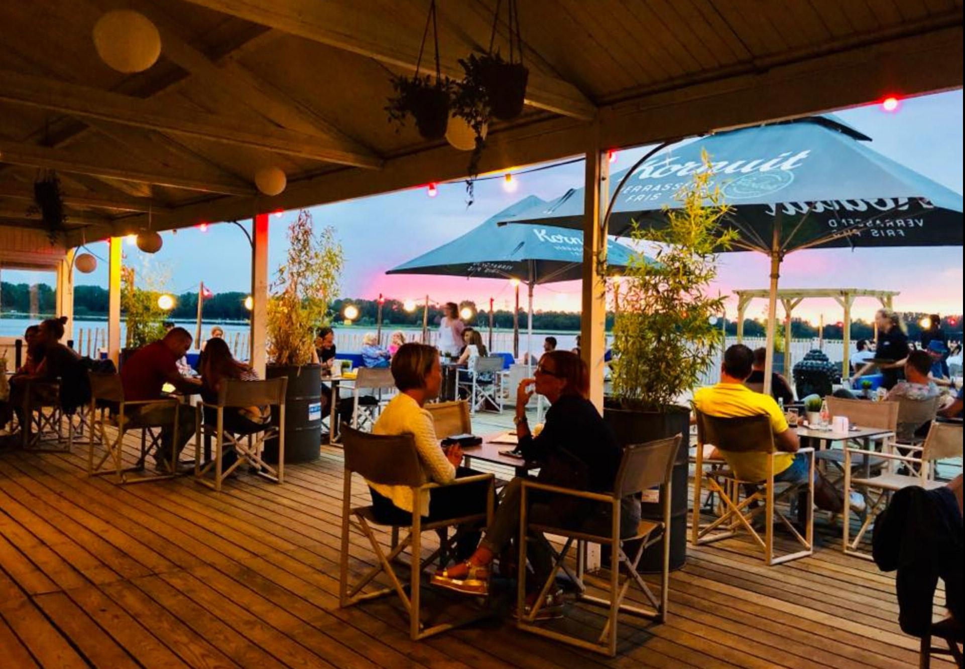 __Area-X-De-Weerd-Roermond-Beachclub-Sunset-Lounge1