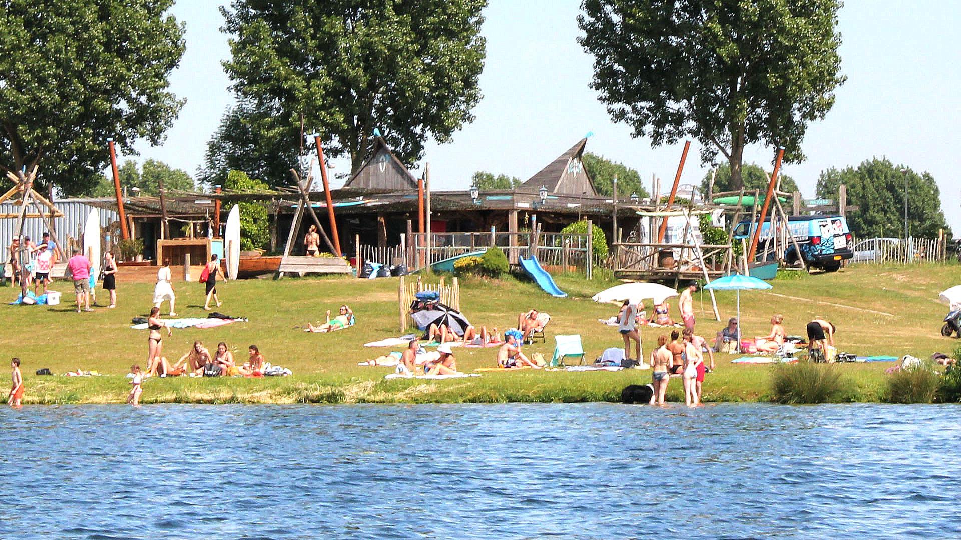 Area-X-De-Weerd-Roermond_beachclub-koers-zuid2